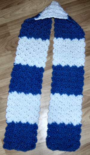 Crochet Vs Knit Scarf : Crochethook size I