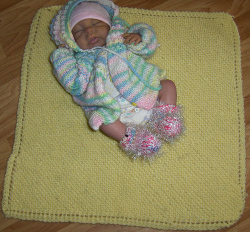 Knitted Baby Blanket Dishcloth Pattern : Bevs Dishcloth afghan for babies