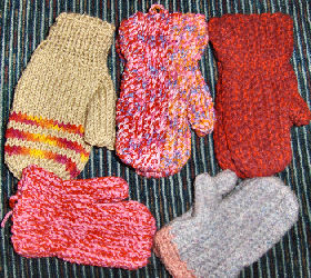 Humanitarian mittens for kids