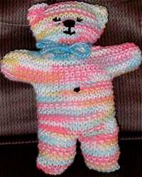 Knitted Heart Pattern Free : Bears and dolls