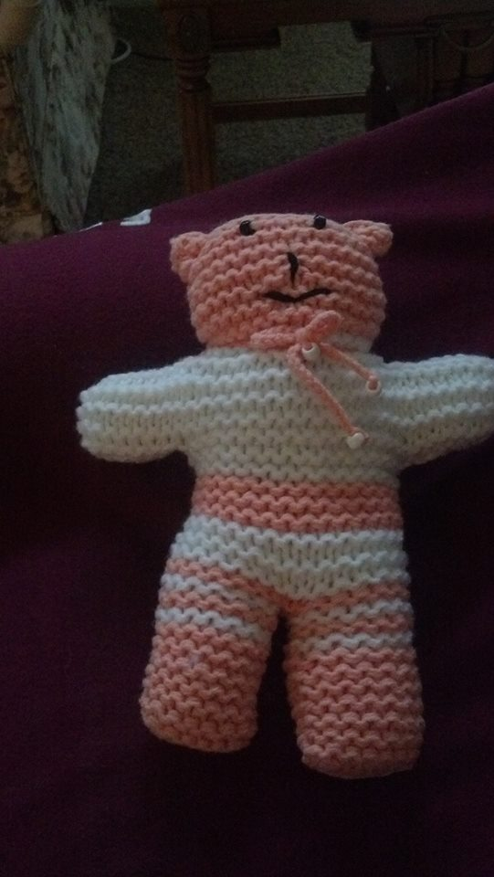 Simple Knitting Pattern For Teddy Bear : Buddy Bears to knit