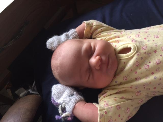 Newborn mittens by Bev