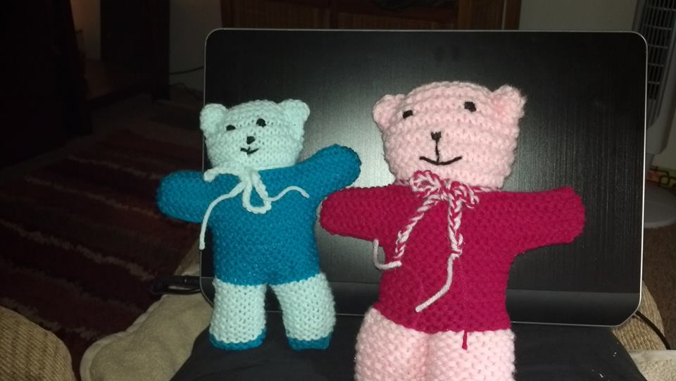 Knitted teddy bears | Halifax Charity Knitters | 541x960